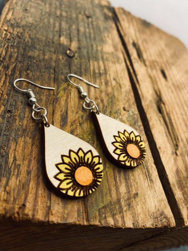 wooden sunflower earrings