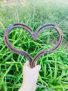 Unique Rustic Horseshoe Heart